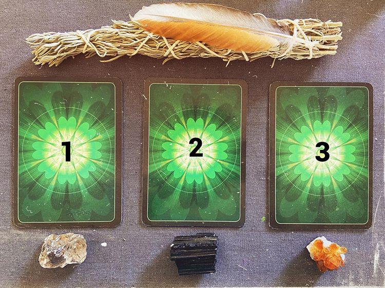 Válassz egy kártyát a háromból, fontos üzenete van Neked!
