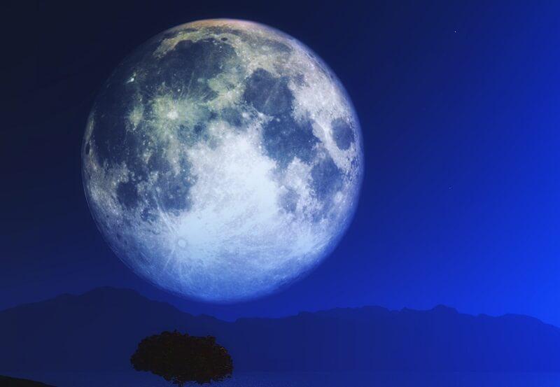 Asztrológia: Október 31-én kék hold lesz, amit legközelebb 2039-ben lesz látható!