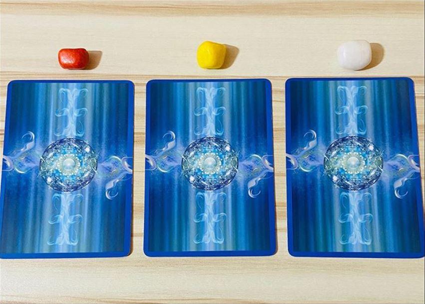 Mit üzen az angyalod? Válassz egy kártyát és megtudhatod!