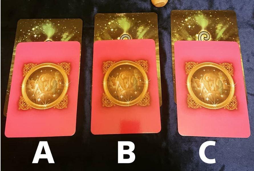 Válassz egy kártyát, és megtudhatod, hogy milyen lesz a 2021-es éved!