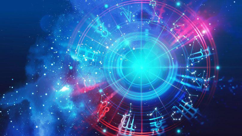 Októberi horoszkóp: az Univerzum megmutatja, hogy a káosz, a bizonytalanság és a sötétség ellenére is van Fény!